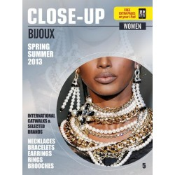 Close Up Bijoux Woman V-5